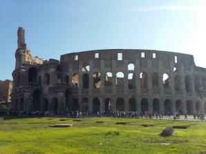 Екскурзия ИТАЛИЯ - Вечният град Рим и лазурното крайбрежие на Неаполитанския залив (Соренто, Амалфи и Равело)! Отпътуване със самолет и връщане с ферибот! Има жена за комбинация! Има мъж за комбинация! - 8 дни / 6 нощувки със закуски в хотели / 1 - на ферибот